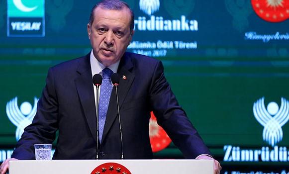 Erdoğan'dan Yeşilay konuşması: Gezi olaylarında olduğu gibi gençlerimize bedava alkol dağıtmaktan geri durmuyorlar