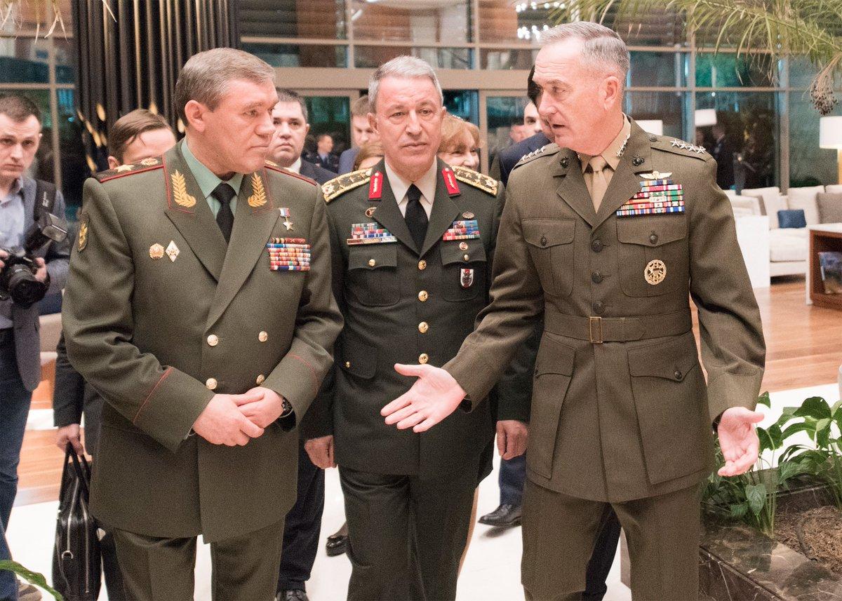 Hulusi Akar ABD ve Rusya Genelkurmay Başkanlarıyla görüştü