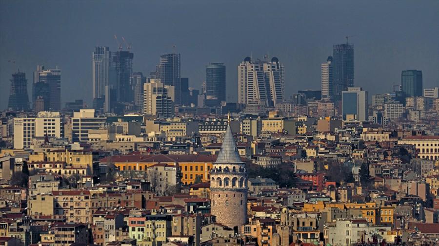 'Osmanlı'nın torunları' İstanbul'a göz dikti: Kentin dört bir yanında hak iddia ediyorlar!