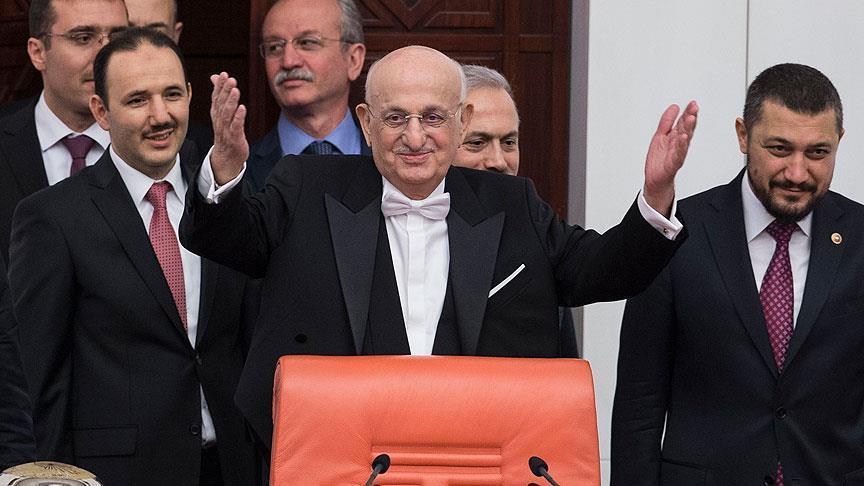 Meclis Başkanı İsmail Kahraman geri döndü