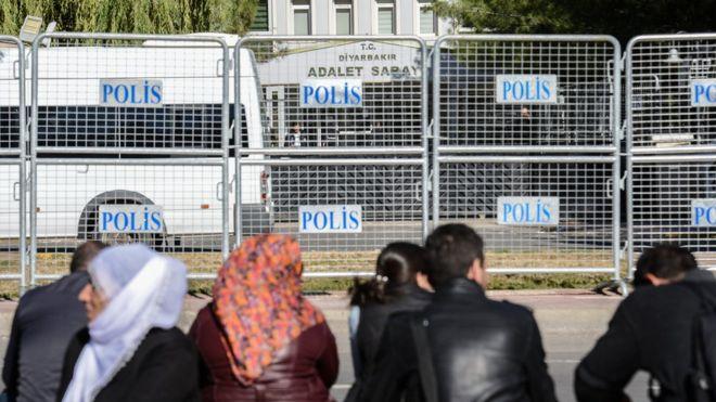 KCK Ana Davası'nda 7 yıl sonra 97 kişiye hapis cezası