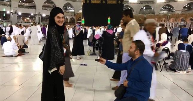 Kabe'de evlilik teklifiyle ilgili haberlere ve Ekşi Sözlük'teki yorumlara erişim engeli