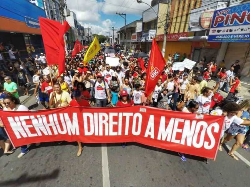 Brezilya'da genel grev hayatı durdurdu