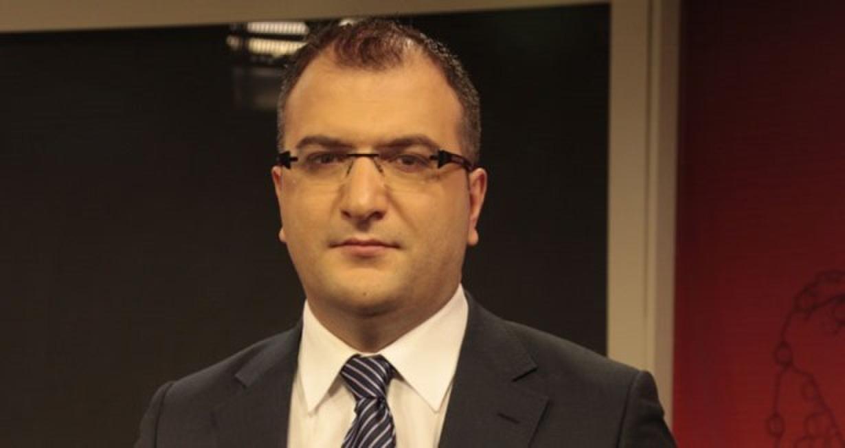 AKP'li Cem Küçük'ten Aydın Doğan'a tebrik, çalışanlara 'çıkış' mesajı