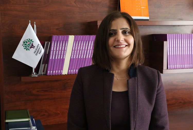 HDP'li Dirayet Taşdemir'e yakalama kararı