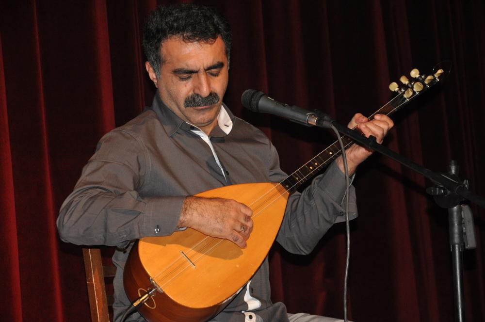 Erdal Erzincan'a TRT yasağı!