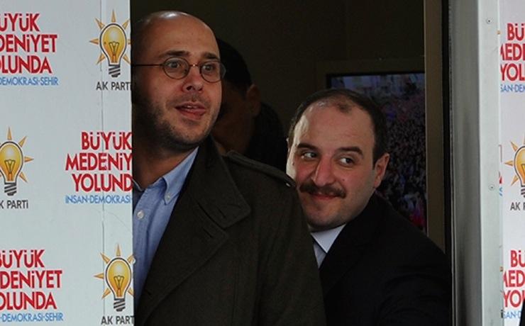 AKP medyasında tasfiyeler başladı: Yıldıray Oğur, Ahmet Taşgetiren...