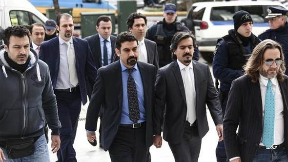 Yunanistan'a kaçan askerlerle ilgili karar verildi
