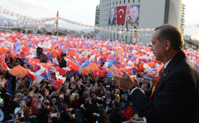 Bugünden itibaren herkese yasak, Erdoğan'a serbest