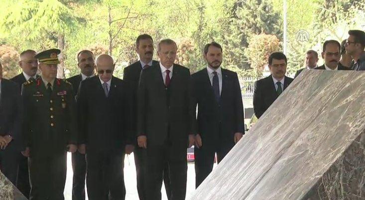 Erdoğan'başkanlık' yolu açılınca ağababalarını unutmadı