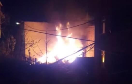İstanbul'da gecekonduda yangın: 1 kişi hayatını kaybetti