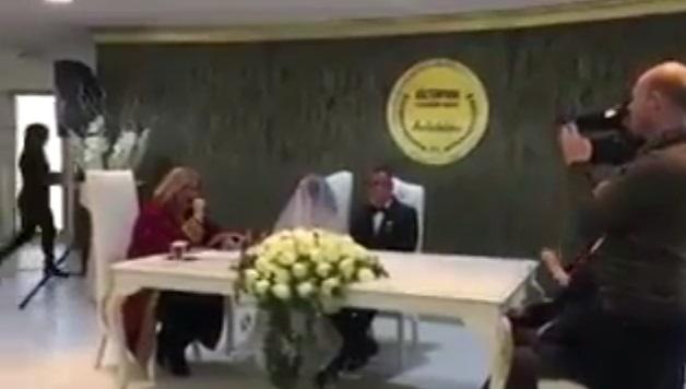 VİDEO | 'Evet' demeyen gelin: Kabul ediyorum ama diğerini demiyorum