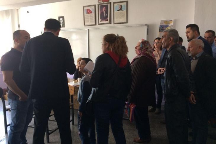 Ankara'da CHP'li milletvekilinin yerine oy kullanıldı!