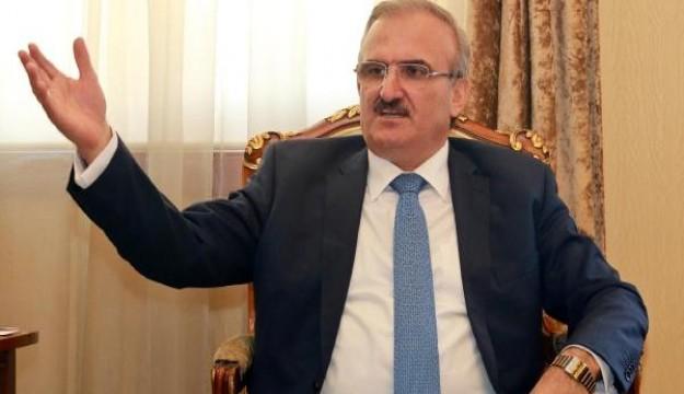 İçki yasakçısı Antalya Valisi'ni nasıl bilirsiniz?: Emekçi düşmanlığı, patron yandaşlığı...