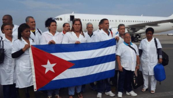 Kübalı doktorlar sel felaketinin yaşandığı Peru'da