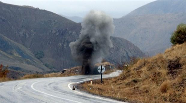 Şemdinli'de patlama: Yaralı askerler var