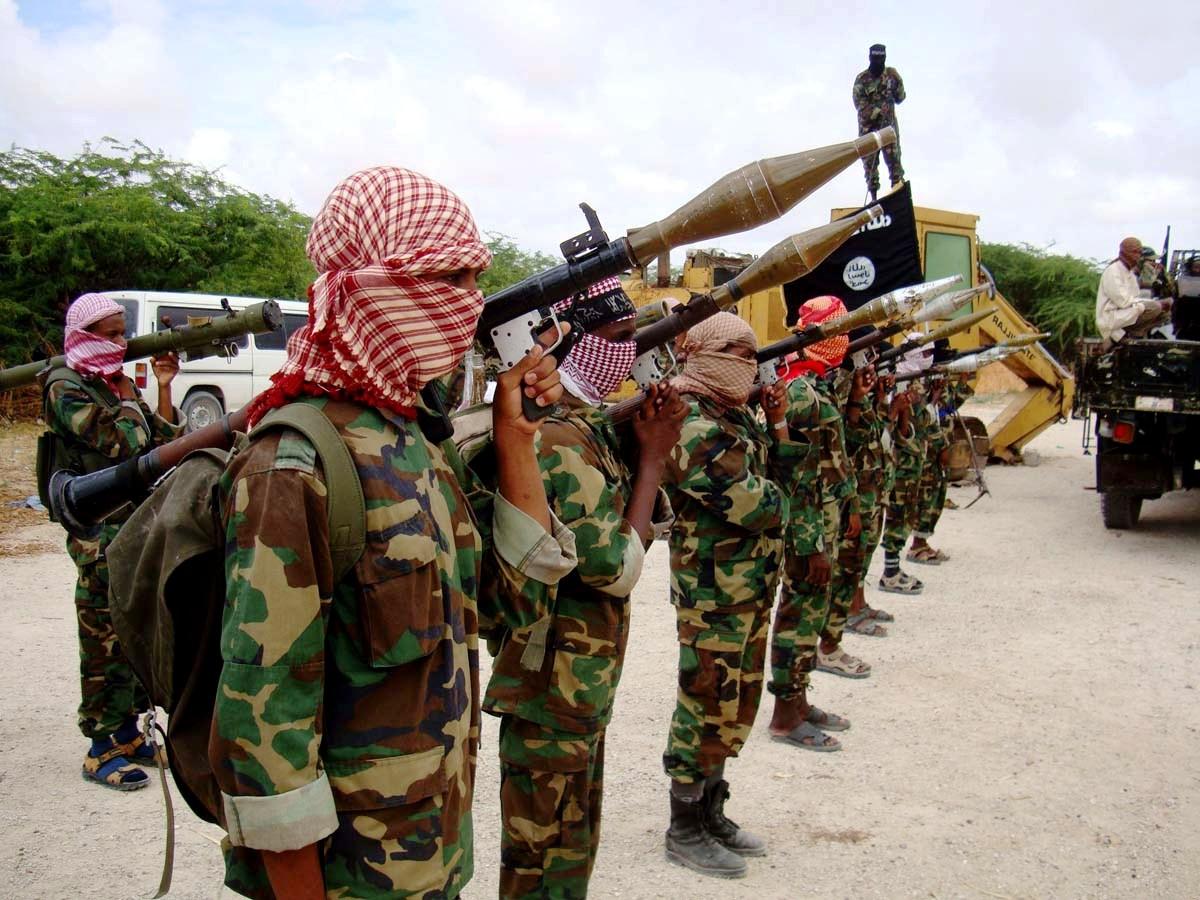 El Şebab Mogadişu'da saldırdı : 13 ölü, 10 yaralı