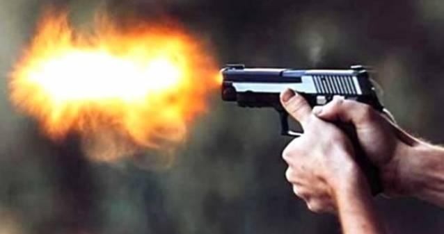 İzmir'de bir kadın kendisine şantaj yapan adamı başından vurarak öldürdü