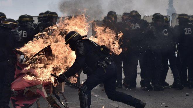 Paris'te cumhurbaşkanlığı seçimleri öncesi olaylı 1 Mayıs
