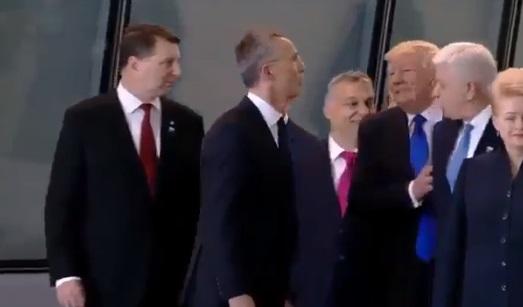 VİDEO | Trump Karadağ Başbakanı'nı ittirdi