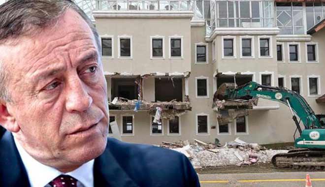 Ağaoğlu'nun kaçak otelinde yıkım