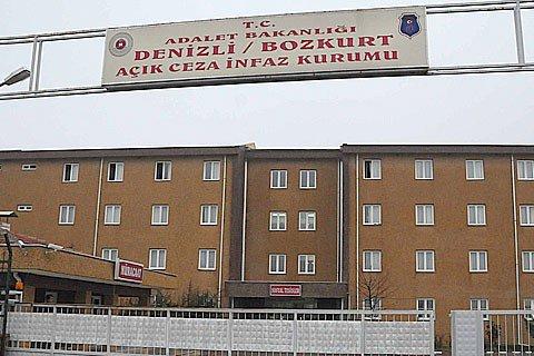 Cezaevinde isyan: Gardiyanlar rehin alındı