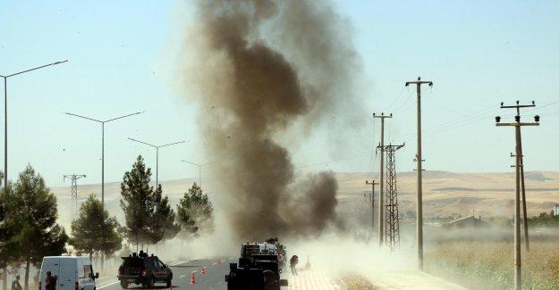 Askeri araca saldırı: 4 yaralı var