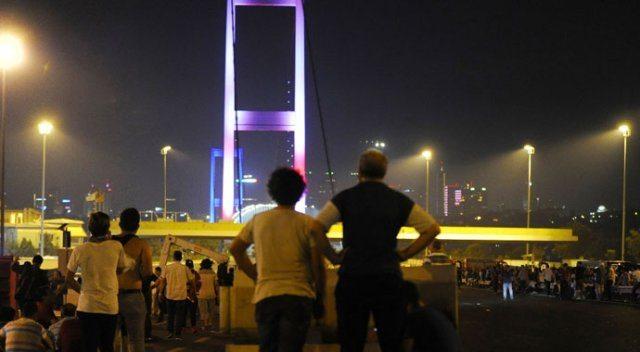AKP'den 15 Temmuz kararları: Gece boyu selalar okunacak, AKP'liler sokağa çıkacak