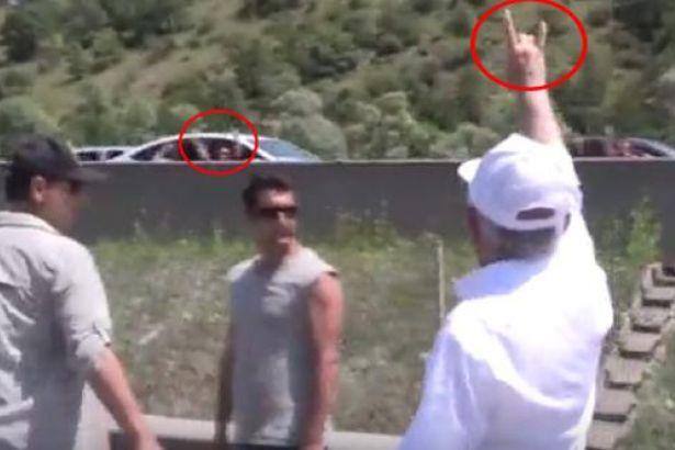 Kılıçdaroğlu 'ülkücü işareti' açıklaması: Ben de adalet istiyorum, o da adalet istiyor