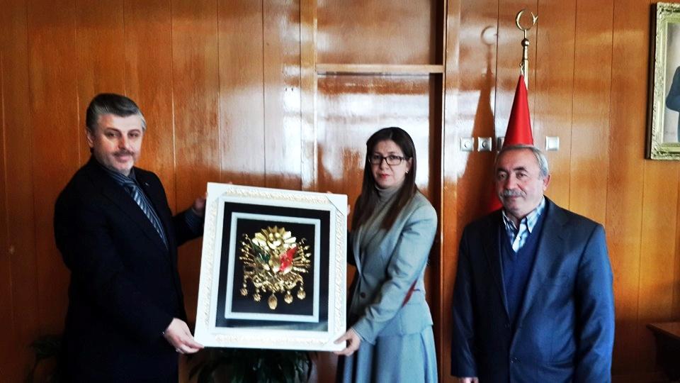 Vali'nin Osmanlı Tuğrası hediye ettiği gerici derneğin Genel Başkanı'na çocuğa tecavüzden 24 yıl hapis