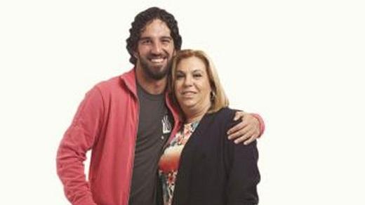 Arda Turan'ın annesi konuştu: Oğlumu bitirmek istiyorlar