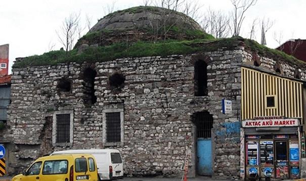 İstanbul'da Mimar Sinan'ın tarihi hamamı satılığa çıkarıldı!