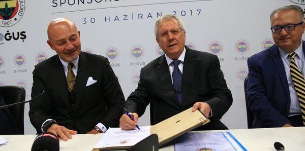Forma reklamı da yetmiyor: Fenerbahçe'nin adını değiştirdiler