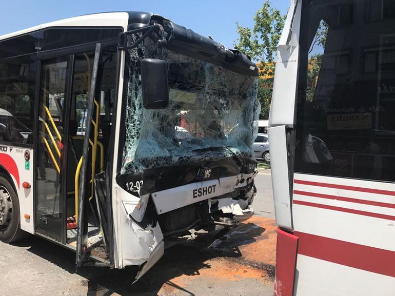 İzmir'de halk otobüsleri çarpıştı: Çok sayıda yaralı var