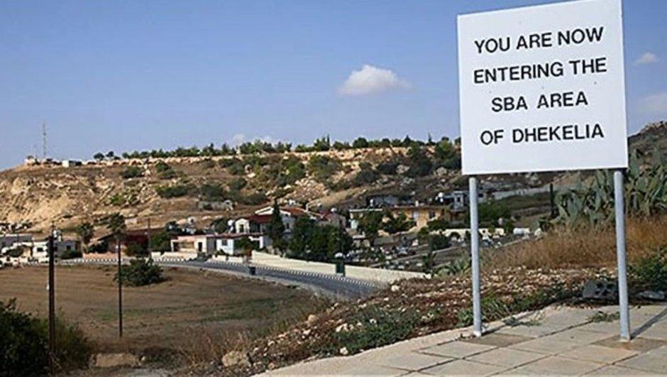 Kıbrıs'ta İngiliz üssüne saldırı