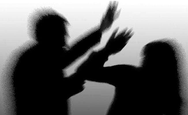 Kadına yönelik şiddet bitmiyor: Boşanmak isteyen eşinin evini basıp ateş açtı