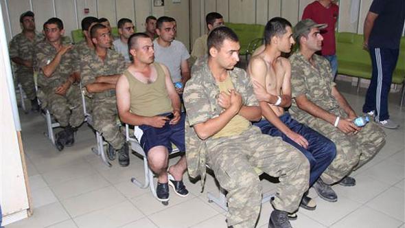 Manisa Valisi'nden zehirlenen askerlere ilişkin yeni açıklama