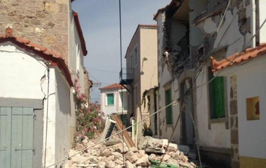VİDEO | Ege'deki deprem Midilli'de hasara neden oldu