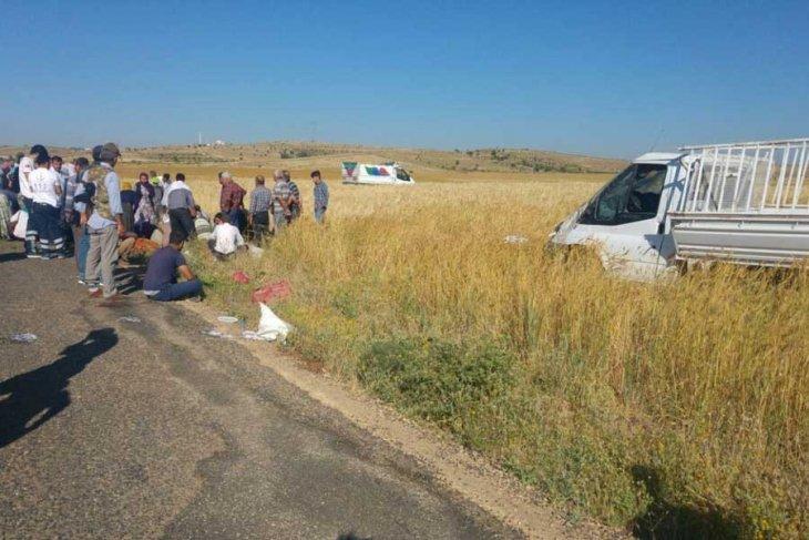 Tarım işçileri kamyonetlerle ölüme gönderildi: Çocuklar da aralarında 4 ölü, 13 yaralı