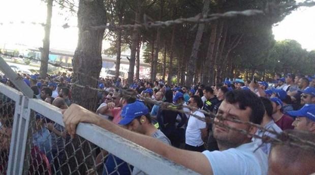 VİDEO | PETKİM'e polis baskını sonrası, sendikacılar ve işçi temsilcilerine gözaltı!
