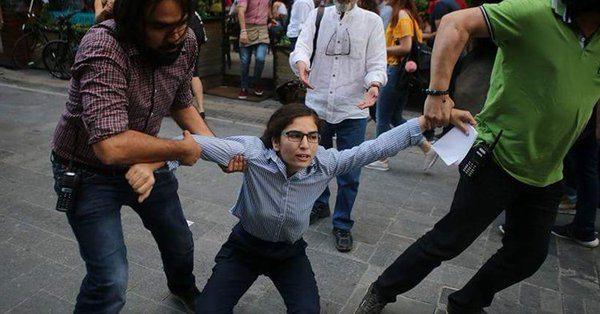 Gülmen ve Özakça'ya destek eyleminde 26 gözaltı, Veli Saçılık'ın evinde arama...