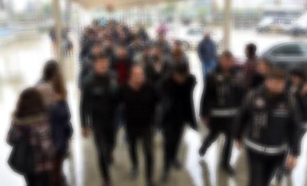 8 ilde 'FETÖ' operasyonu: 100'den fazla gözaltı kararı