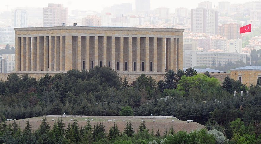 Anıtkabir'de yapılaşma iddiasına Hükümet'ten yanıt