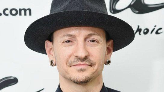 Linkin Park'ın solisti kendini asarak intihar etti