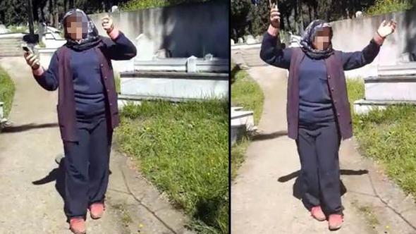 Mezarlıkta çiftetetlli oynayan kadın işçiler kovuldu