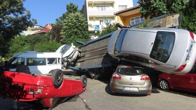 Beykoz'da akıl almaz kaza!