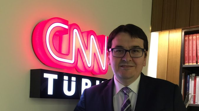 CNN Türk spikerinin yeni Sağlık Bakanı sevinci: Çok sevdiğim abim, apandistimi almıştı