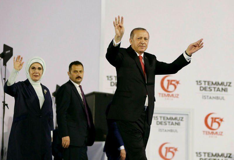Erdoğan 15 Temmuz etkinliğinde Kılıçdaroğlu'na sardı: Bilseydim Yenikapı'ya çağırmazdım