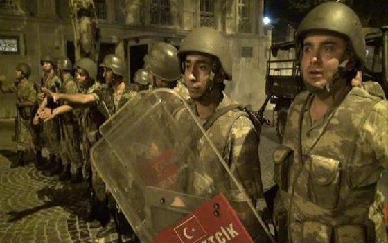İstanbul'daki 15 Temmuz davasında ilk karar verildi