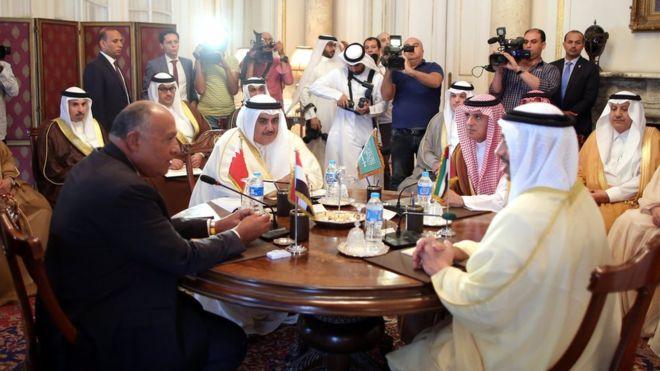 Körfez ülkeleri: Katar hükümeti hedef alınacak